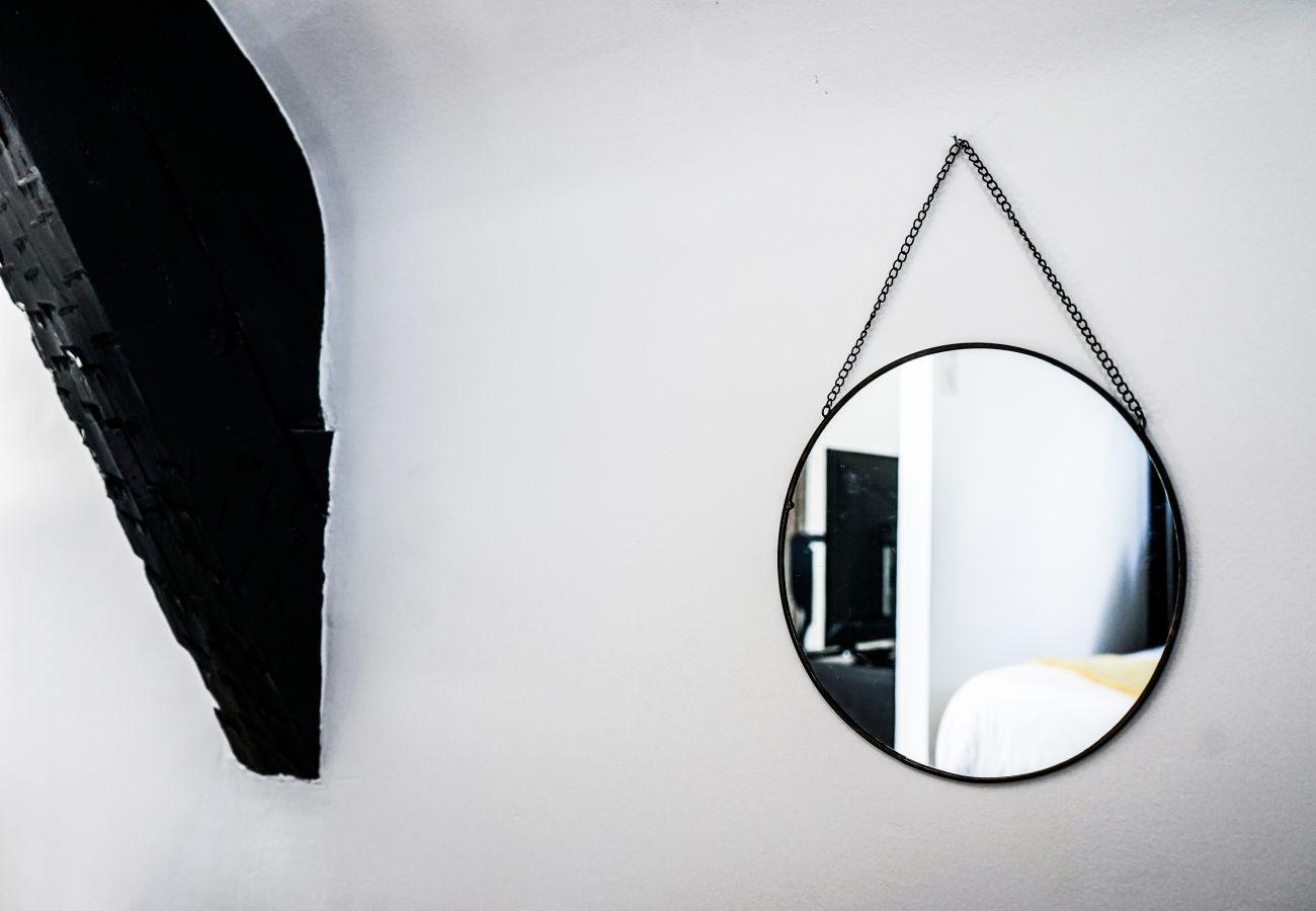 Appartement à Brive-la-Gaillarde - BLAISE RAYNAL #3 - Cachette d'artistes - 1 chambre