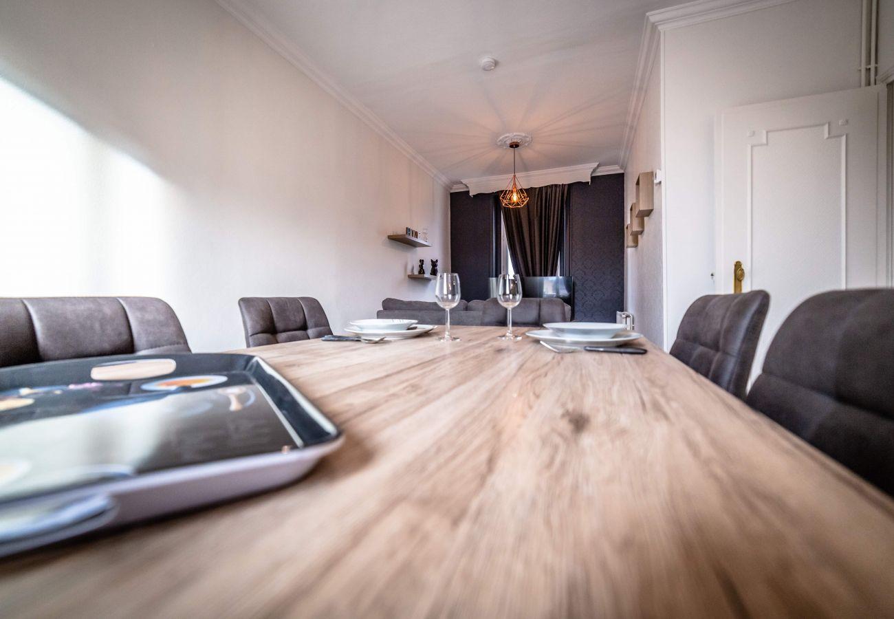 Appartement à Brive-la-Gaillarde - POMPIDOU #6 - Esprit maison de famille - 3 suites